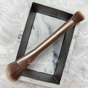 Urban decay naked flushed double ended brush